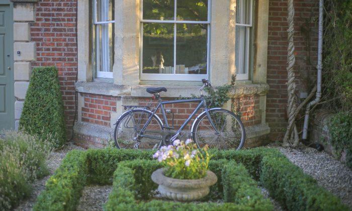 General garden maintenance garden services chesterfield for General garden services
